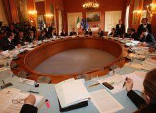 Il Consiglio dei ministri approva il decreto che proroga lo stato di emergenza fino al 30 aprile, con misure restrittive fino al 5 marzo. Il testo in Gazzetta