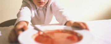 Pfas nei piatti delle mense scolastiche: Bianchi e Speranza non voltino la testa dall'altra parte