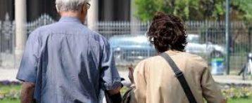 In Italia aspettativa di vita tra le più alte, sia per uomini che donne. Ma resta alta la percentuale di bisogni insoddisfatti. Il rapporto Eurostat